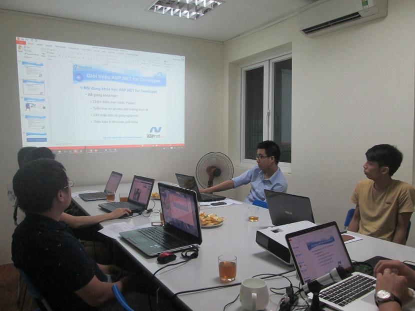Khóa học lập trình ASP.NET ở hà nội