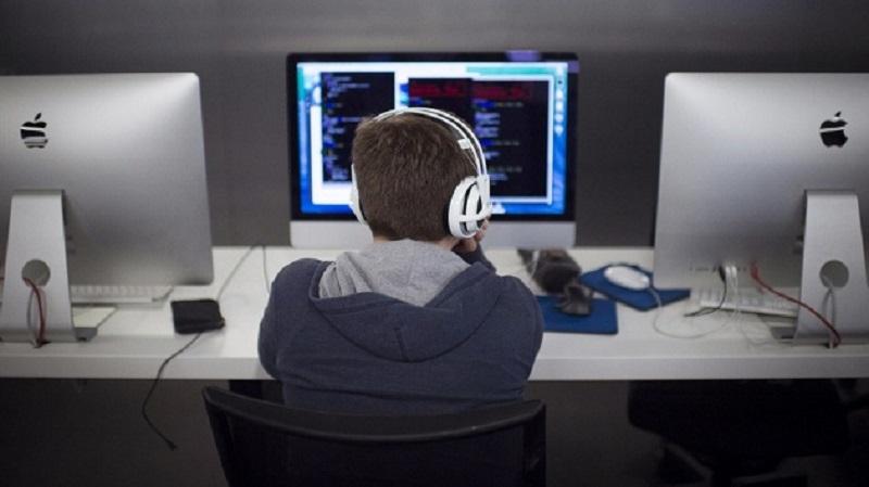 Học lập trình cho người mới bắt đầu ở đâu tốt