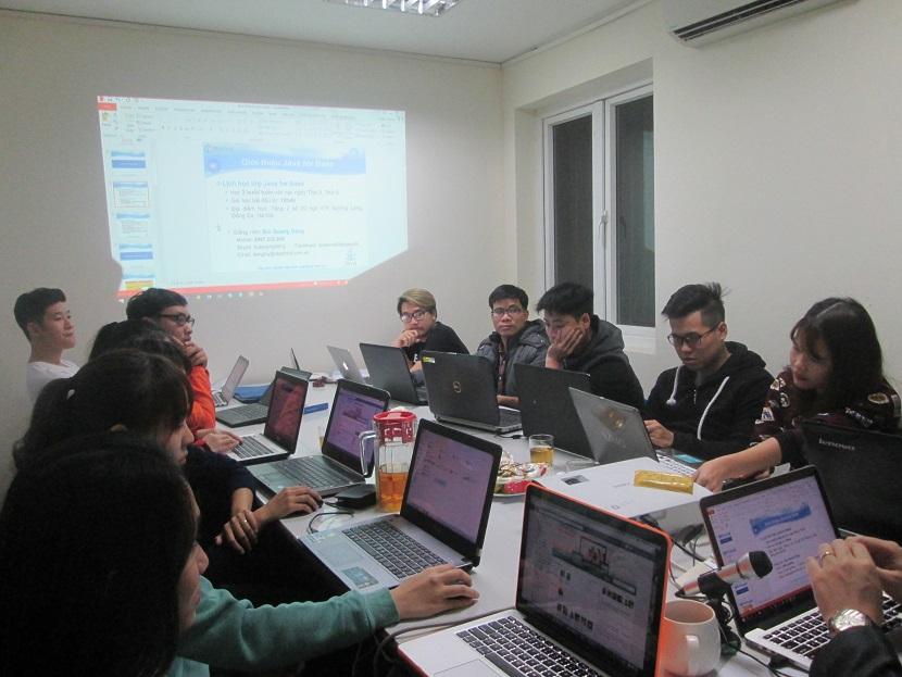 Khóa học lập trình Java cơ bản cùng chuyên gia