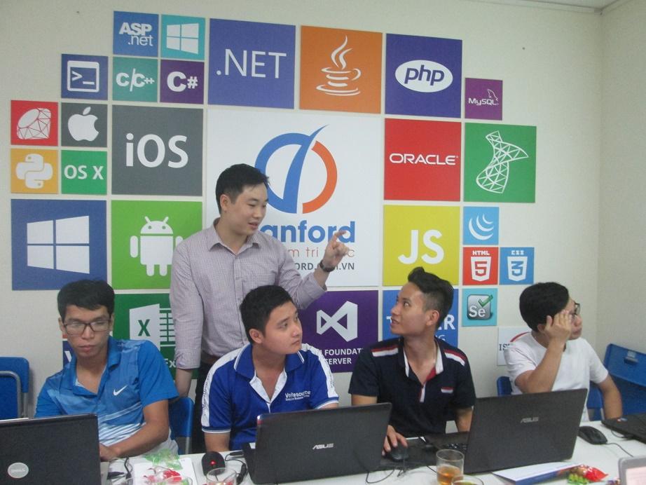 Khóa học lập trình ASP.NET cùng chuyên gia Stanford