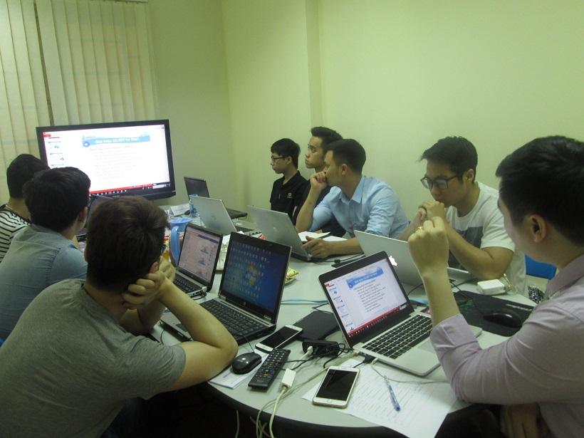 Học lập trình C# cùng chuyên gia
