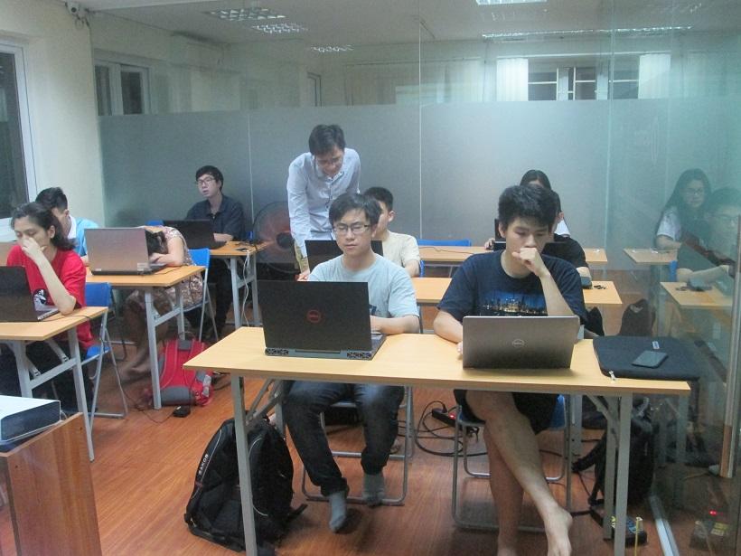 Học lập trình C cùng chuyên gia Stanford